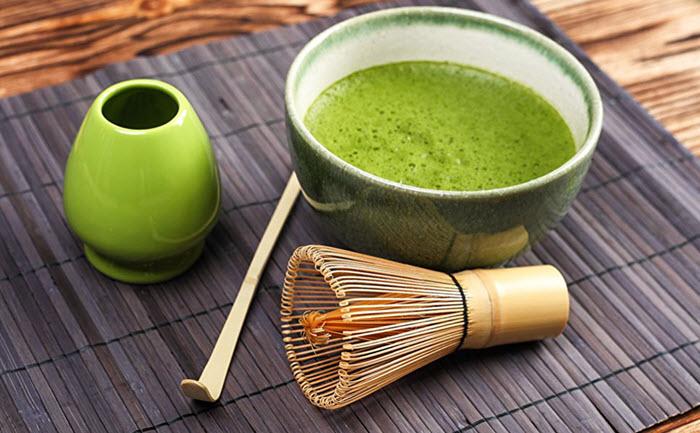Cách pha chế bột trà xanh Matcha để uống