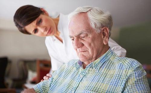 Phương pháp điều trị bằng trà xanh cho bệnh nhân Parkinson